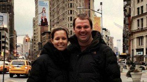 Brad and Lara get engaged in New York