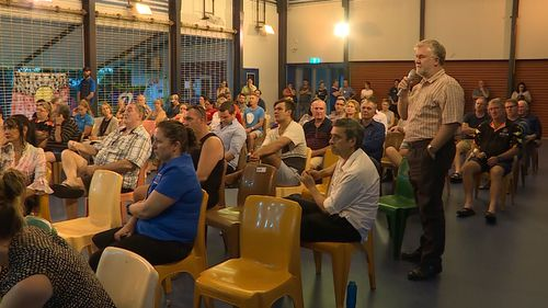 Dozens of people gathered for the meeting in Palmerston, Darwin. (9NEWS)