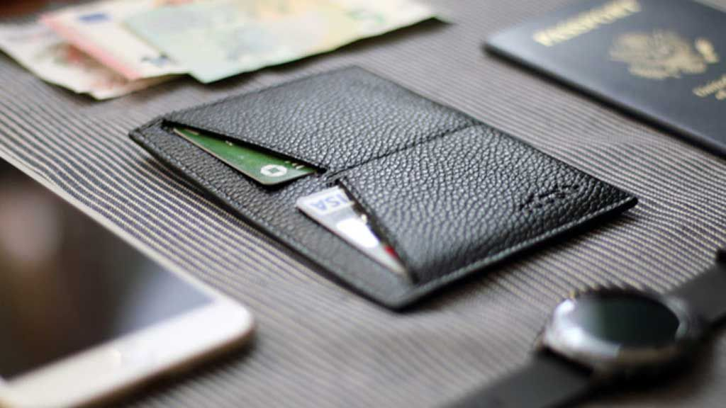 The Spanx of wallets for travelling