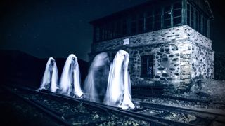 A Ghost Hunt in a Haunted Prison & More