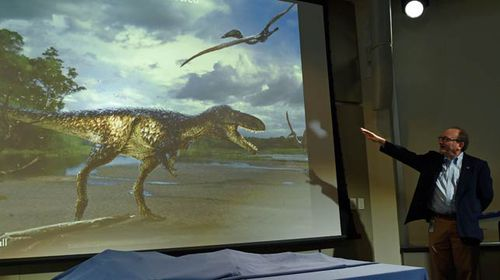 Horse-sized dinosaur shows how T. rex became king