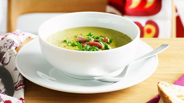 Hearty pea and ham soup
