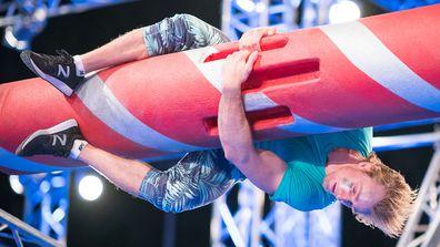 Josh O'Sullivan on the Rolling Log in the Australian Ninja Warrior Season 3 Semi Final 2019.