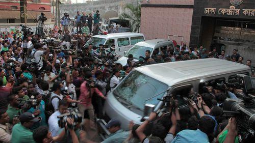 Bangladesh executes Islamist leader for massacre during 1971 Pakistan war