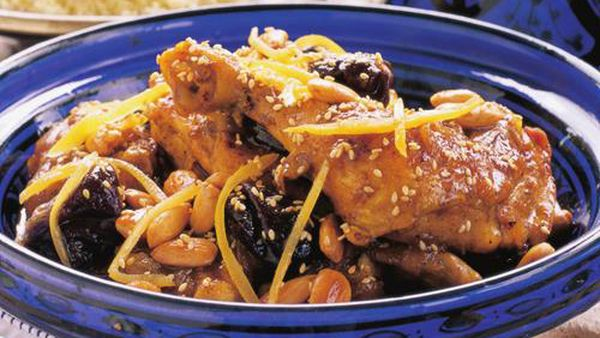 Chicken with prunes and honey