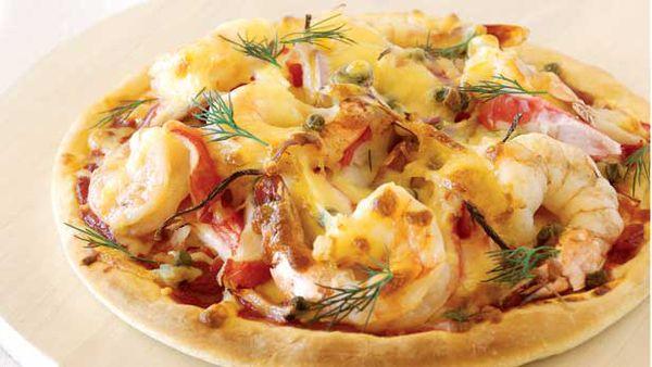 Surimi and prawn pizza