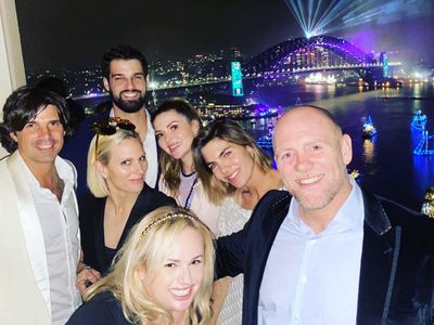 Zara and Mike Tindal celebrate New Year's Eve 2020 in Sydney