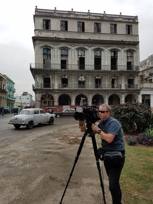 9NEWS cameraman Rich Moran on one of  Havana's historic boulevards. (9NEWS)