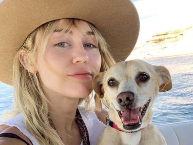 Miley Cyrus, Utah, vacation, puppy, selfie