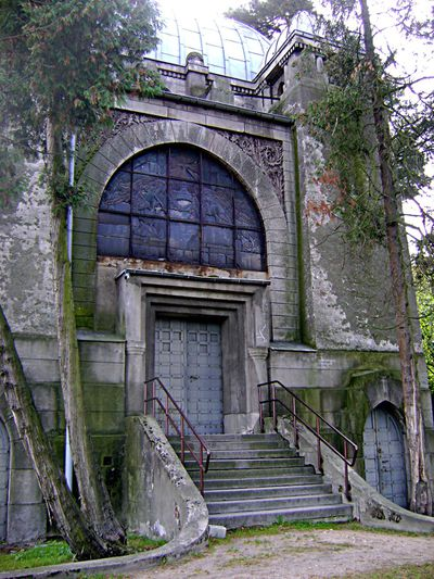 19. Kindler Chapel, Pabianice Evangelical Cemetery, Poland