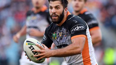 <strong>15 - Wests Tigers</strong>