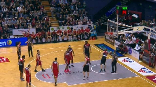 Hawks beat champions Perth