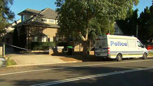 Woman charged with murder after man's body found in Sydney unit