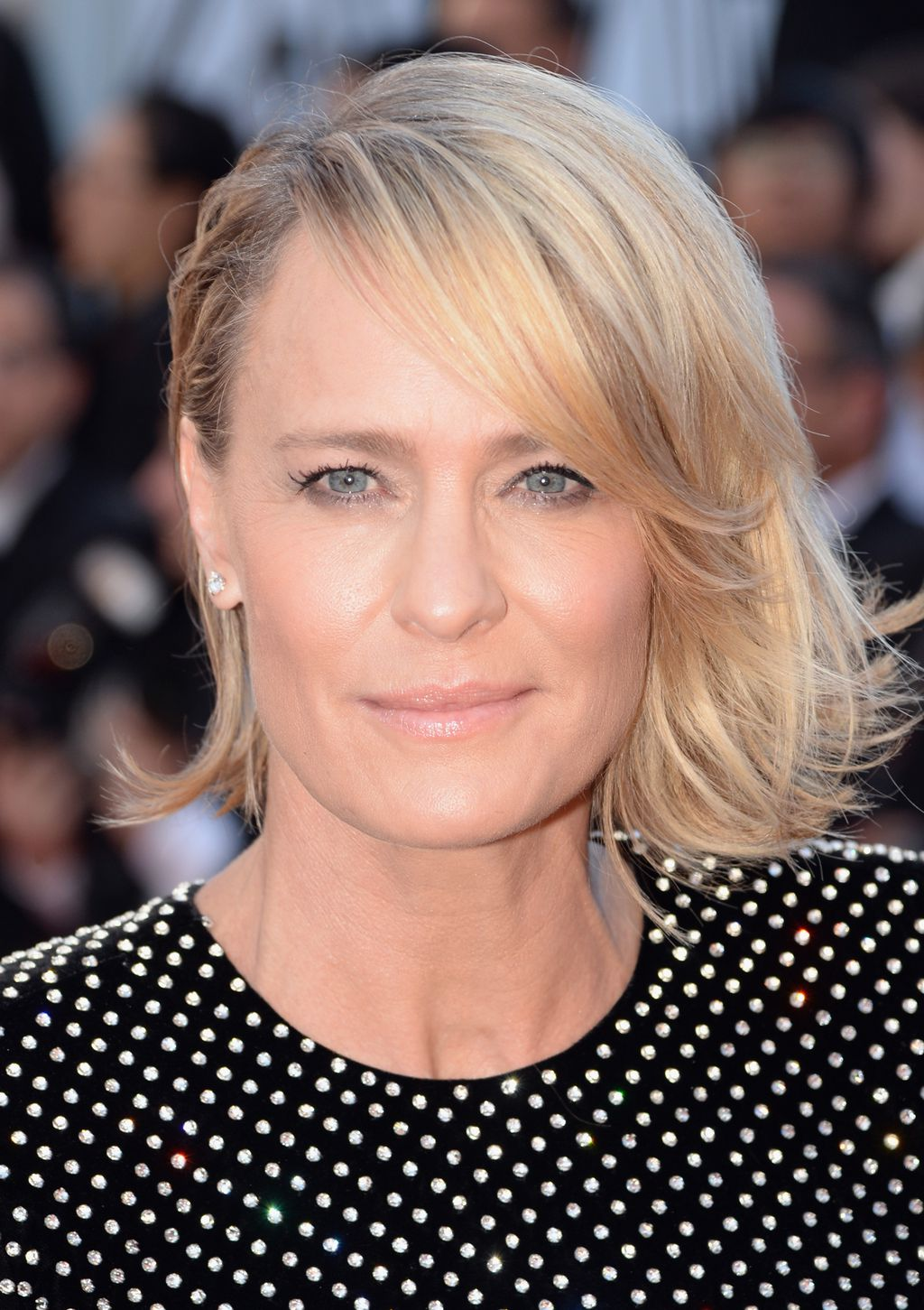 Lobcuts Are The Must Have Hairstyle Of Cannes 9style