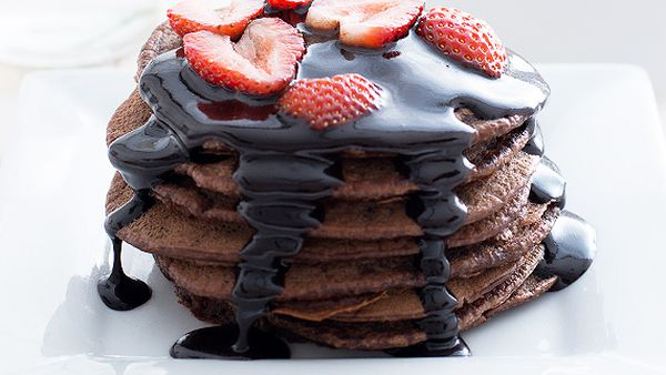 Vegan chocolate pikelets with chocolate topping