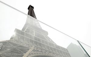 Visually appealing glass walls to replace metal security fencing around the Eiffel Tower