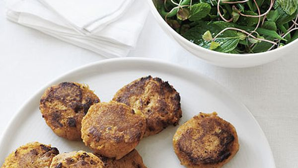 Chickpea and sweet potato cakes with green bean and mint salad