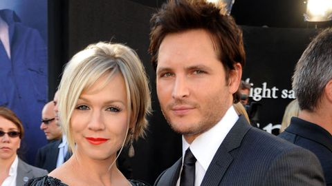 <i>Twilight</i> 's Peter Facinelli and former <i>90210</i> star Jennie Garth to divorce after 11 years