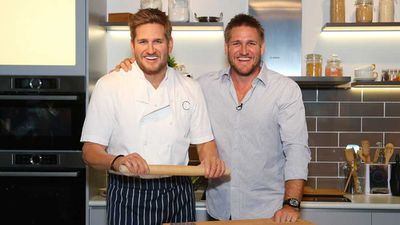 <strong>A mirror image of Curtis Stone and his wax likeness</strong>