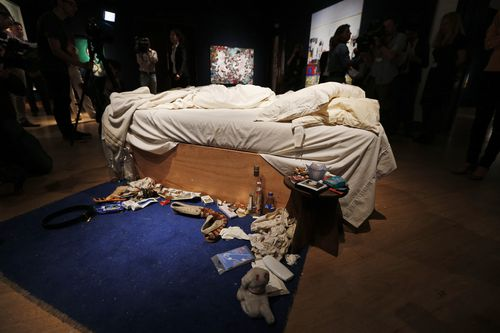 Tracey Emin's 1998 artpiece, entitled My Bed. (AAP)