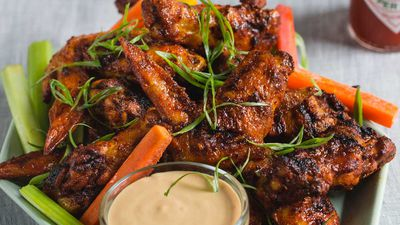 9 Spice chicken wings with white barbecue sauce