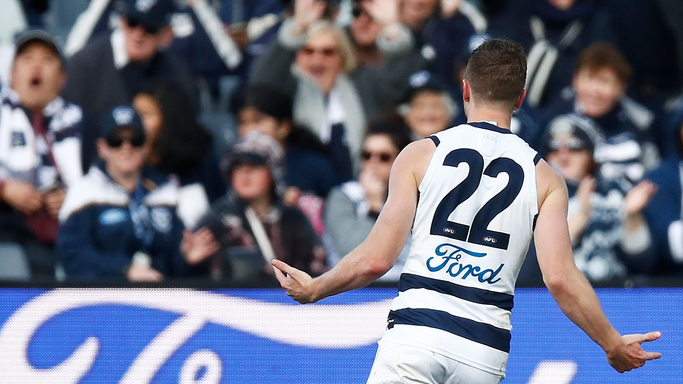 'Good lord, Mitch Duncan!': Geelong Cats star drills home 60-metre barrel after half-time siren