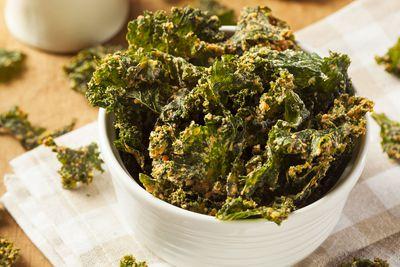 Kale chips: 2g fibre