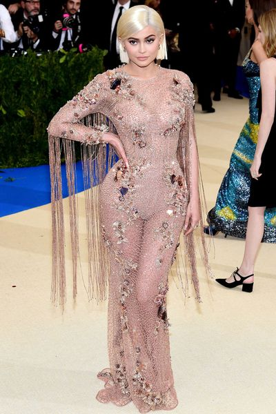 Kylie Jenner in Atelier Versace at the May 2017 Met Gala,<em>&nbsp;Rei Kawakubo/Comme des Garcons: Art Of The In-Between</em>