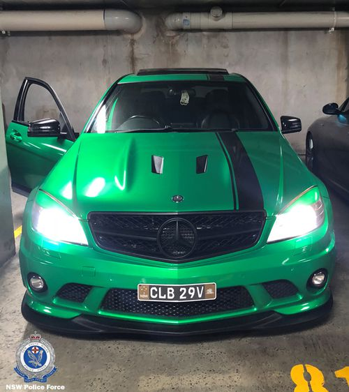 The stolen Mercedes carries a distinctive green colouring with a black racing stripe down the passenger side.