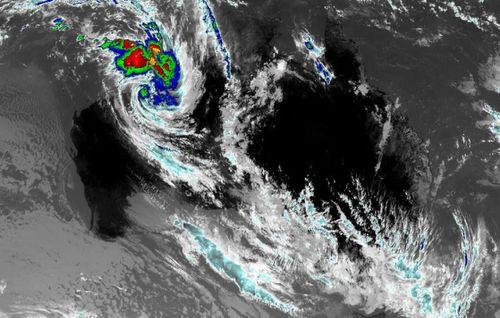 The cyclone roaring towards Broome.