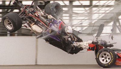 Stan Fox in a crash at the 1995 Indianapolis 500