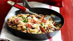 Orecchiette with mushrooms, peas and pancetta