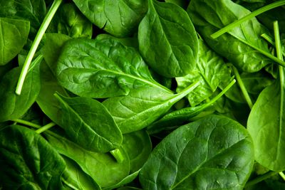 Spinach: 0.43g sugar per 100g