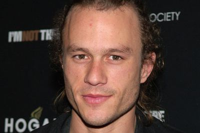 "When Heath Ledger overdosed on a combination of prescription medication at just 28 years of age, hysterical fans and media speculated the young star had committed suicide.<p>His death was ultimately ruled as an ""accidental overdose."""