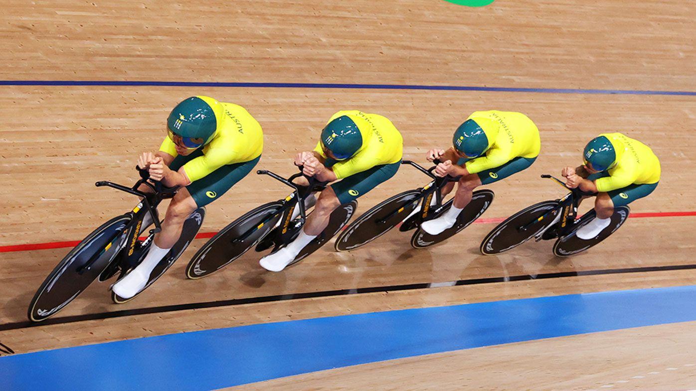 Australia's Alex Porter walks away from freak crash in men's team pursuit