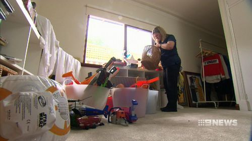 Cassie Bracknell has got rid of 70 percent of her belongings. (9NEWS)