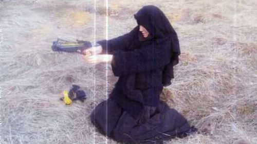 Hayat Boumeddiene poses for photo with crossbow in 2010. (Le Monde)