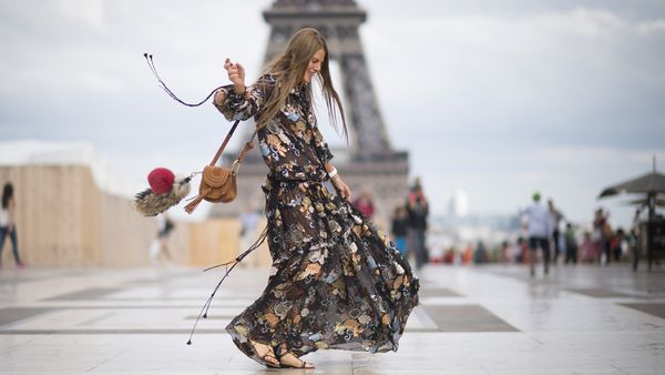 Mums need fashion that's chic and stylish. And we know where to get it. Image: Getty.