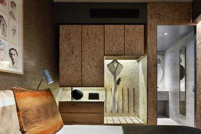 Cosy Atrium closet space
