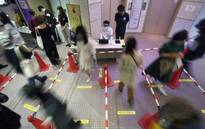 Hundreds of Japanese workers on US bases tested for coronavirus