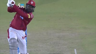 Chris Gayle hits 11 sixes in Kings XI Punjab's IPL win over SunRisers Hyderabad