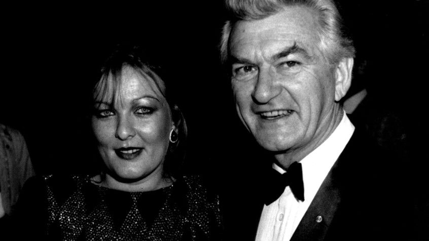 Bob Hawke's daughter alleges he told her not to report rape: report