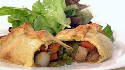 "Spring vegetable pasties - <a href=""http://kitchen.nine.com.au/2016/05/19/12/26/spring-vegetable-pasties"" target=""_top"" draggable=""false"">view recipe</a>"