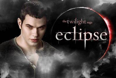 When <i>Breaking Dawn</i> became two films instead of one, the cast had to re-enter negotiations for the final film. Background eye candy Kellan Lutz and Ashley Greene figured this was as good a time as any to hold out for more money, demanding US$4 million each per half of the flick. They ended up with US$1.25 million.