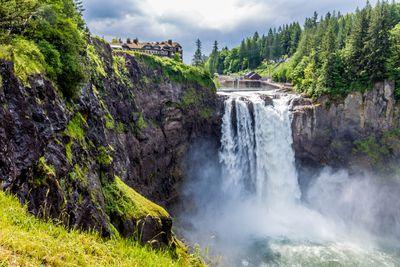 10. Snoqualmie Falls, USA