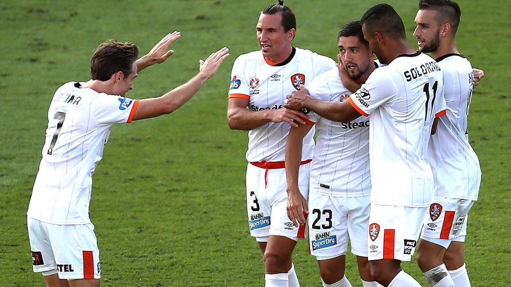 Petratos steers Roar to win over Mariners