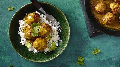 "Recipe: <a href=""http://kitchen.nine.com.au/2016/07/07/16/05/satay-pork-meatballs"" target=""_top"">Malaysian satay pork meatballs</a>"