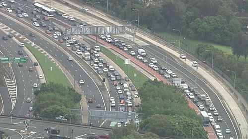 Motorists are being advised to delay their travel or use a different route. (9NEWS)