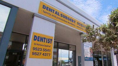 Dodgy Sydney dentist's patients urged to get tested for HIV, hepatitis