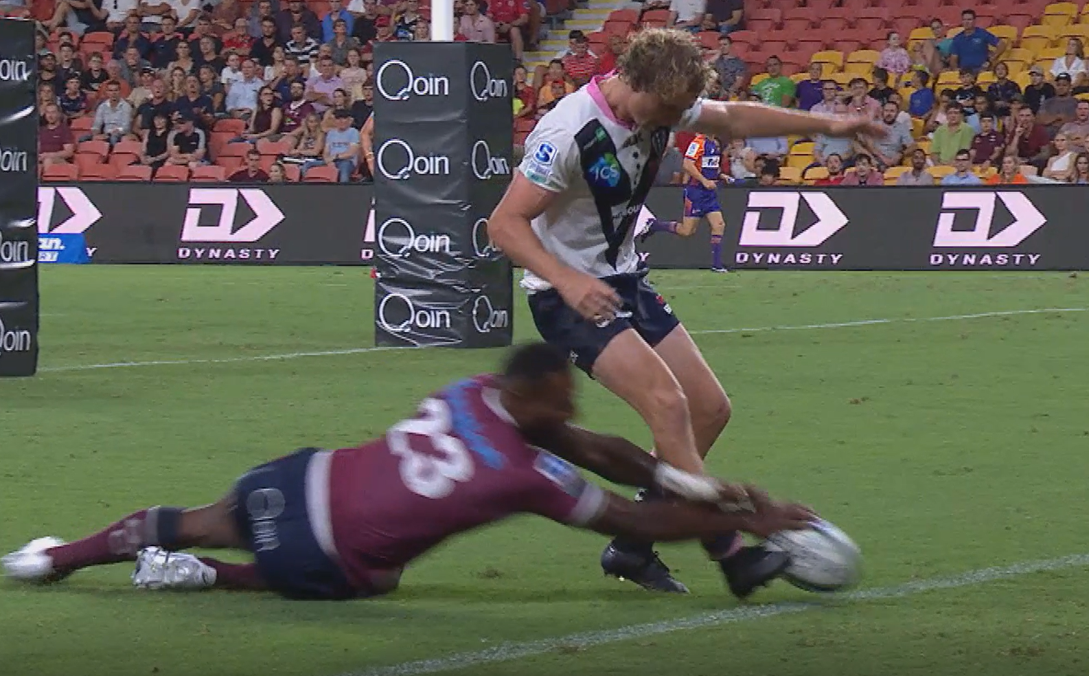 Queensland Reds to promote Suliasi Vunivalu for high stakes Brumbies clash